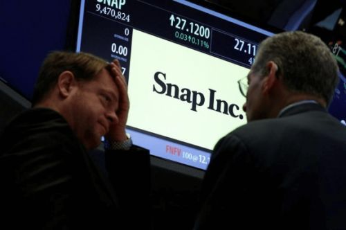 China's Tencent buys 12% stake in Snap