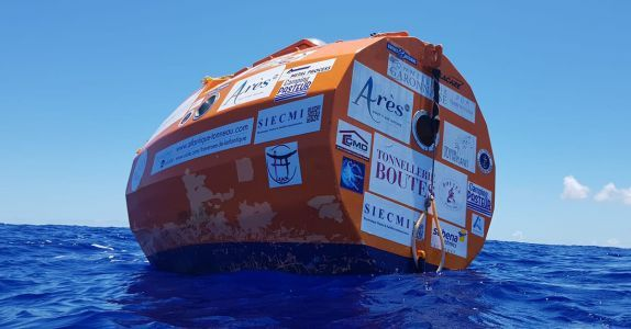 Frenchman Crosses Atlantic in Giant 'Wine' Barrel