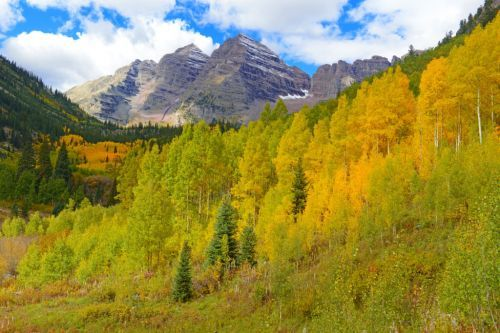 Why Fall is the Best Time to Visit Colorado