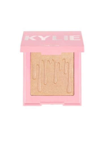 Kylie Cosmetics' Major Anniversary Sale Includes 2 New Products