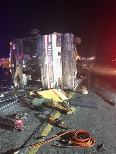 3 killed, more than 20 injured in New Mexico bus crash