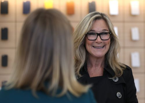 Here's why Angela Ahrendts' departure could be a good thing for Apple