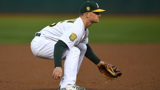 Athletics 3B Matt Chapman undergoes procedure on left shoulder