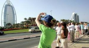 The UAE issues decision on tax refunds for tourists' scheme