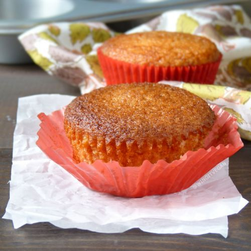 Vegan Treats for Two: Happy Applesauce-Coconut Cupcakes