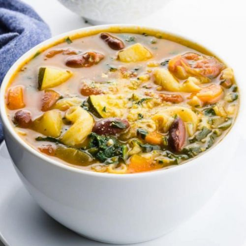 Easy Homemade Vegan Minestrone Soup