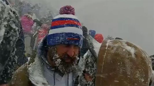 Fans endure whiteout conditions at Buffalo Bills game