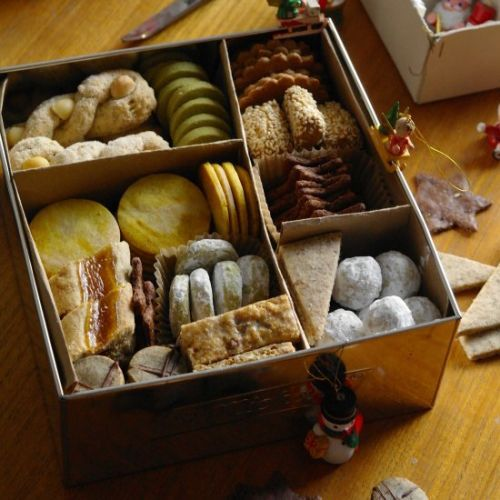 Winter holiday cookies box