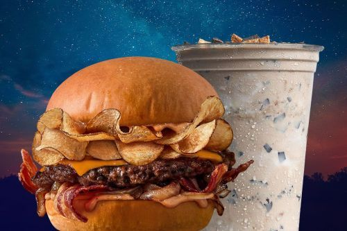 MOOYAH Burgers, Fries and Shakes Releases New Campfire Burger & S'mores Shake Capturing Nostalgic Flavors as Americans Spend More Time Outdoors