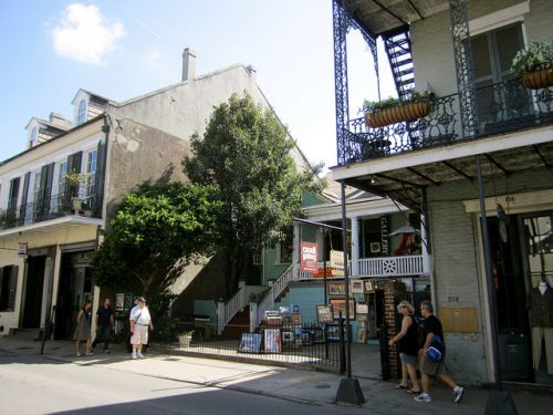 Where to Do Your Holiday Shopping in New Orleans