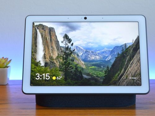 Google's biggest smart display is a perfect household companion for casual music listening, kitchen recipes, and Google Assistant smart home control