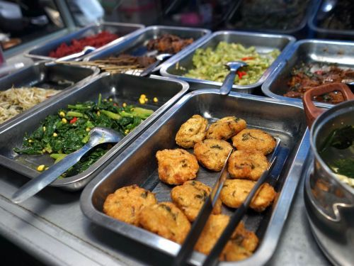 In Jakarta's Kalimati Alley, Chinese-Indonesian Flavors Thrive