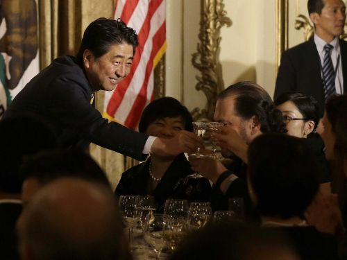 Shinzo Abe became the first Japanese prime minister to visit Darwin, Australia since the city was bombed during World War II