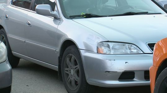 Alleged hit-and-run driver leaves coupon, $50 for damages
