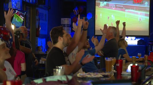 Family, friends, fans fill Silverton sports bar to cheer on local Olympian Rose Lavelle