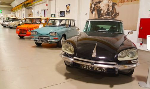 Spotted in Nuremberg, Germany, the still-futuristic Citroën DS sits next to its more utilitarian sib