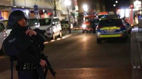 WATCH German police respond to mass shooting spree in Hanau