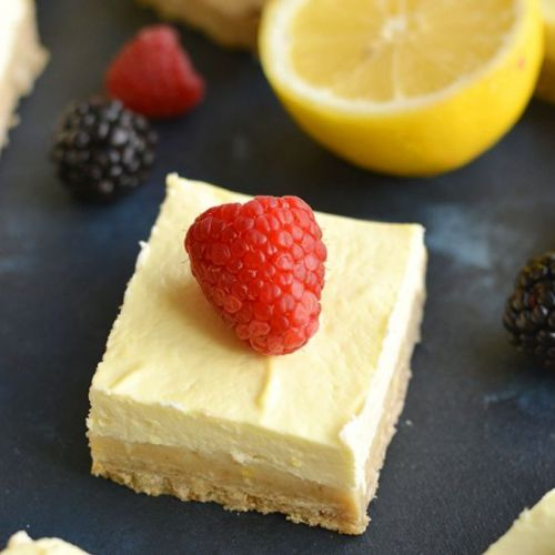 Skinny Greek Yogurt Lemon Bars