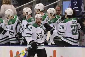 Seguin scores as Stars beat Maple Leafs 3-2
