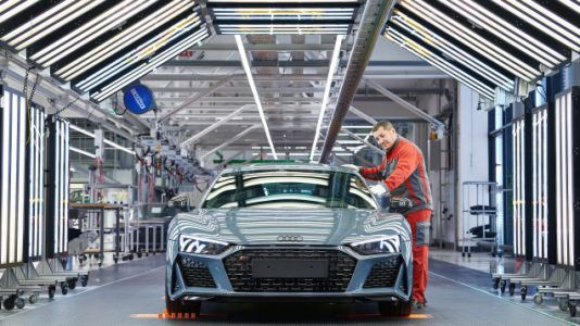 The 2019 Audi R8 Brings Updated Bodywork, More Power, and Improved Handling