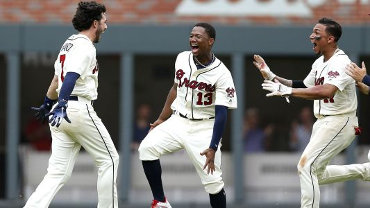 MLB wrap: Braves rally for 6 runs in the 9th to defeat Marlins