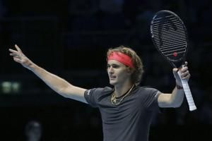Zverev to face Federer in semifinals of the ATP Finals