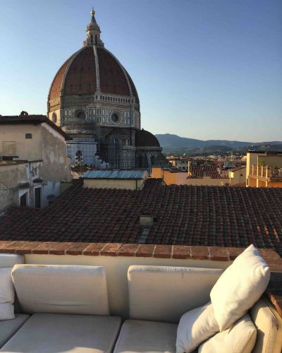 Cooking on the rooftops of Florence: caramelized tomatoes!