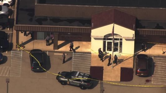 1 dead, several hurt after shooting at district judge's office near Pittsburgh