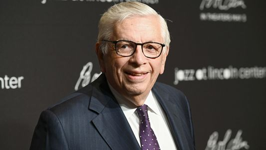David Stern hospitalized; former NBA commissioner suffered brain hemorrhage