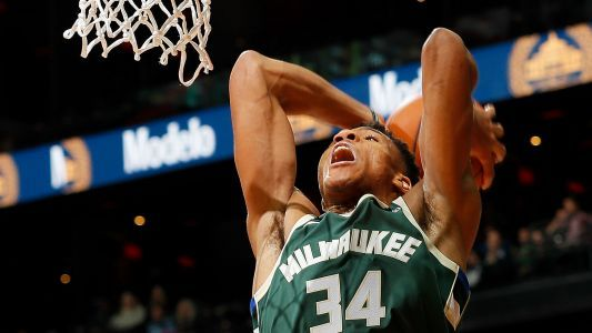 Giannis Antetokounmpo wins game, then can't get seat at Milwaukee restaurant
