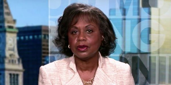Anita Hill says senators should 'push the pause button' on Kavanaugh's confirmation to investigate Christine Blasey Ford's sexual assault claim