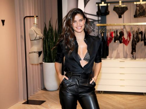 Victoria's Secret is now selling high-end lingerie from Paris that costs up to $200 for a bra