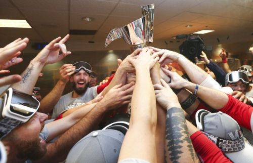 Red Sox favored slightly over Dodgers in World Series