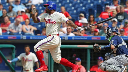 Howie Kendrick injury update: Nationals left fielder leaves game with apparent leg injury