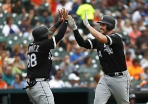 Davidson, Abreu homer as White Sox hold off Tigers, 6-5