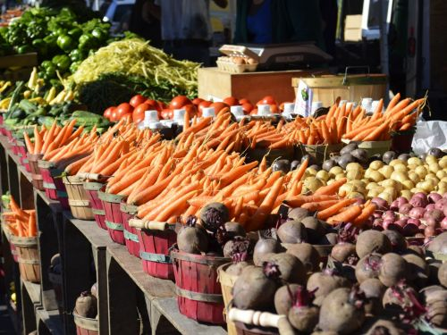 The Local Food Revolution Goes Online - for Now