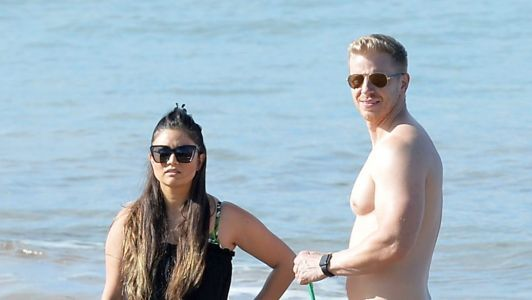 Sean Lowe And His Wife Catherine Have Fun In Hawaii Ahead Of Arie And Lauren's Wedding