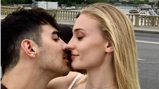 Sophie Turner and Joe Jonas Cuddle Up in Cute Selfie Ahead of Wedding No. 2 in Paris