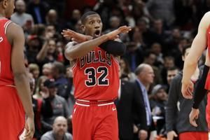 LaVine scores 31 points, Bulls rally to beat Clippers