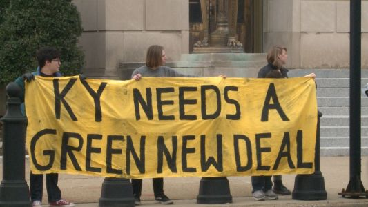 High schoolers push for Green New Deal