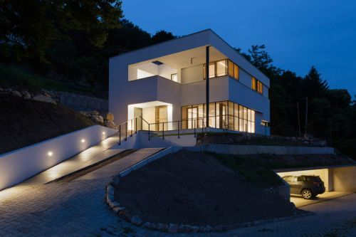 House NM Is a Cozy Blend of Contemporary Design & Nature