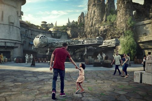 Disneyland's Star Wars: Galaxy's Edge Reservations Sold out Within Two Hours