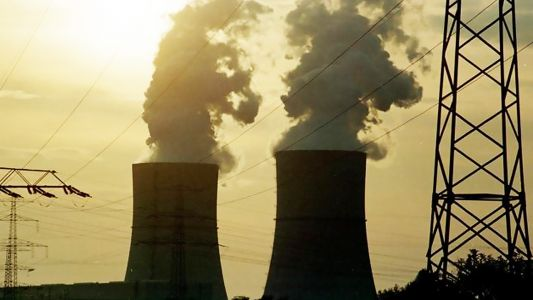 EPA moves to dramatically cut coal power regulations