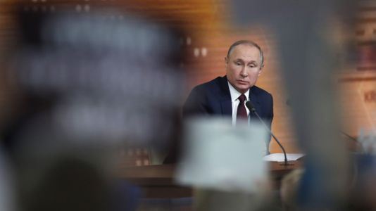 Vladimir Putin Backs Trump, Calling Impeachment Charges 'Completely Made Up'