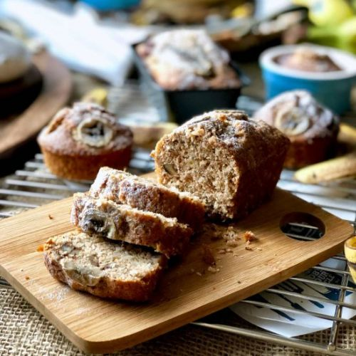 Banana, pecan and coconut loaf