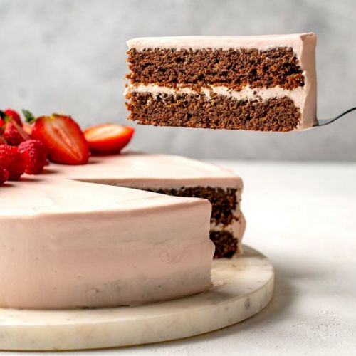 Low-Carb Red Velvet Cake With Beets