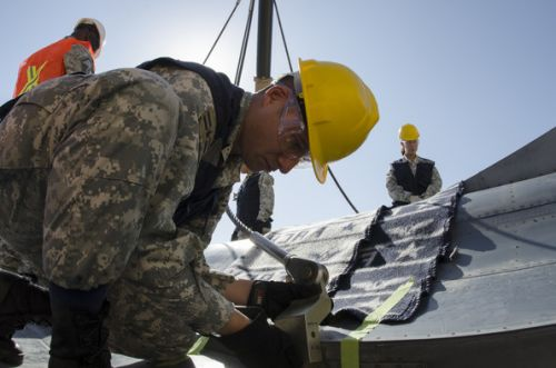 US Airmen teach aircraft recovery to Chilean Air Force partners