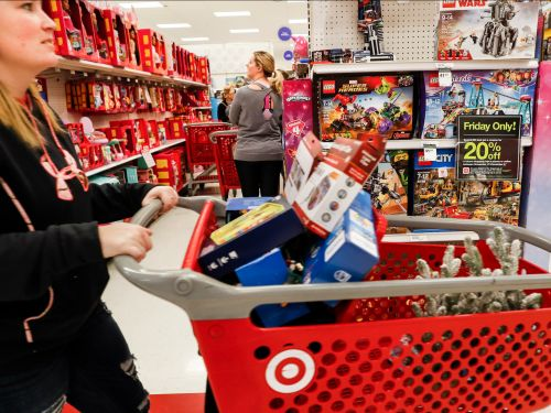 Target cash registers across the US are crashing, creating massive lines of frustrated customers in 'The Great Target Outage of 2019'