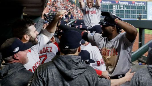 Benintendi, Bradley star for Red Sox in Game 4 win