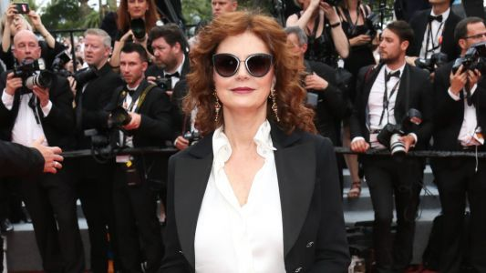 Great Outfits in Fashion History: Susan Sarandon in a Cool Leather Maxi Skirt